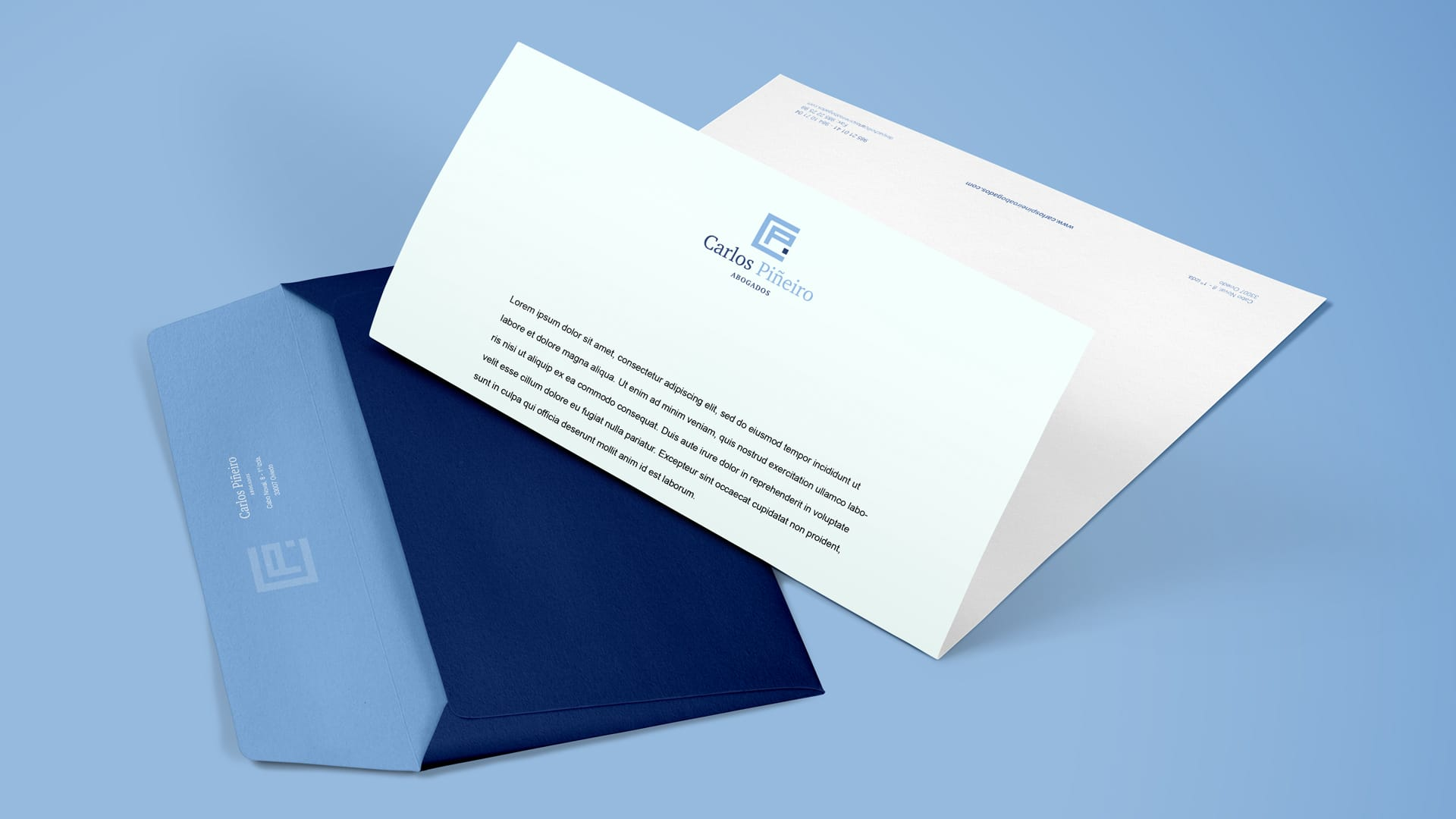 diseño de sobres y papel de carta para abogados